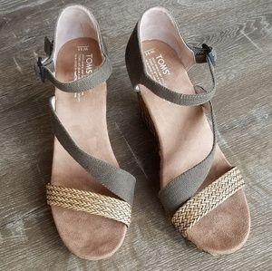 "New Toms ""Clarissa"" Wedge Sandals Size 11"